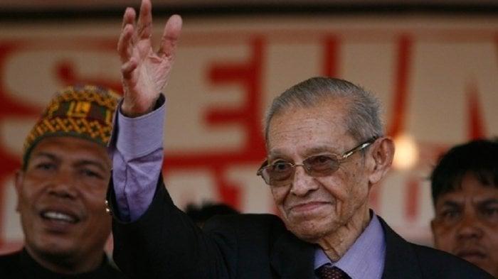 Hasan Tiro, Perawat Literasi Atjeh