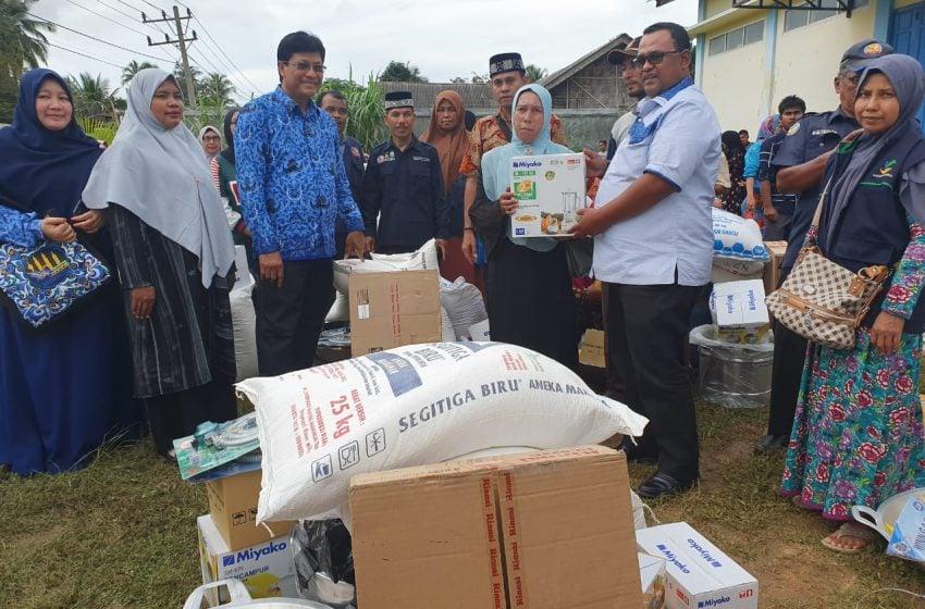 Wabup Aceh Utara, Serahkan Bantuan UEP Stimulan untuk 140 Fakir Miskin