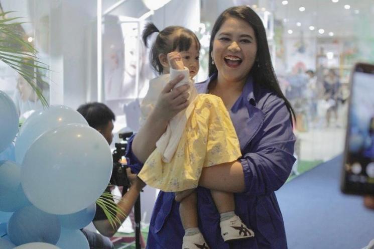 Ketika Anak Presiden Jokowi Tidak Malu Jualan Sabun Mandi