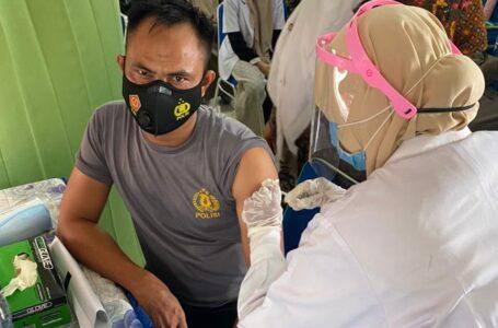 Personel Polsek Matangkuli Aceh Utara Sudah Disuntik Vaksin