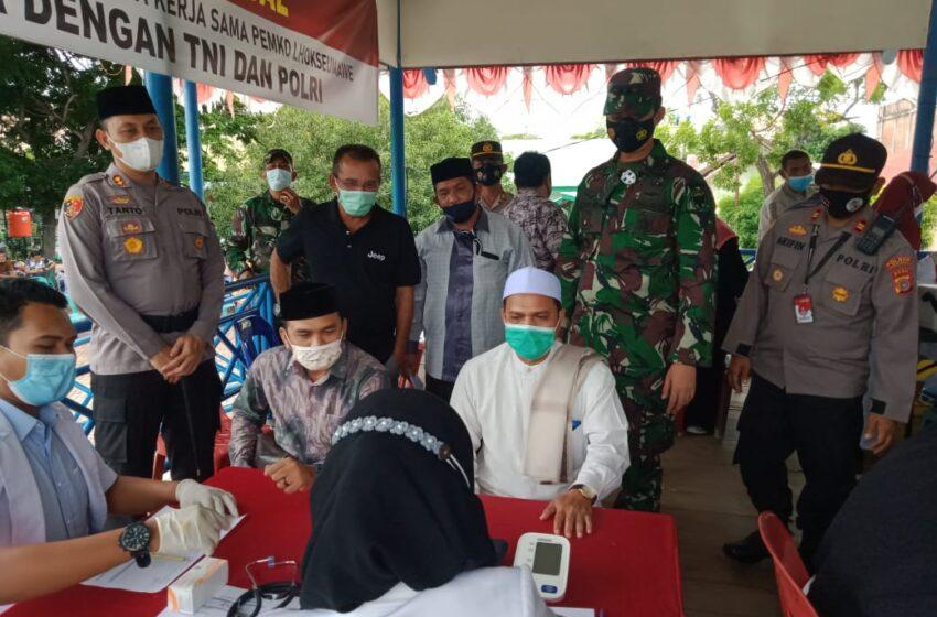 Dandim 0103/Aceh Utara Tinjau Pelaksanaan Vaksin
